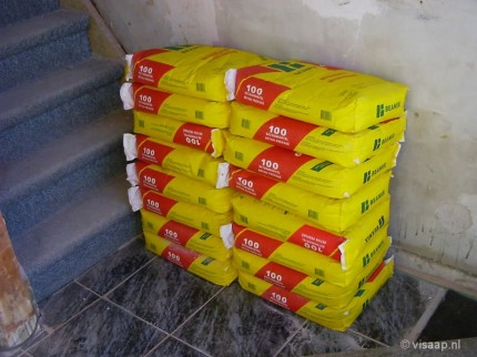 Cement voor in de badkamer (28-11-2003)