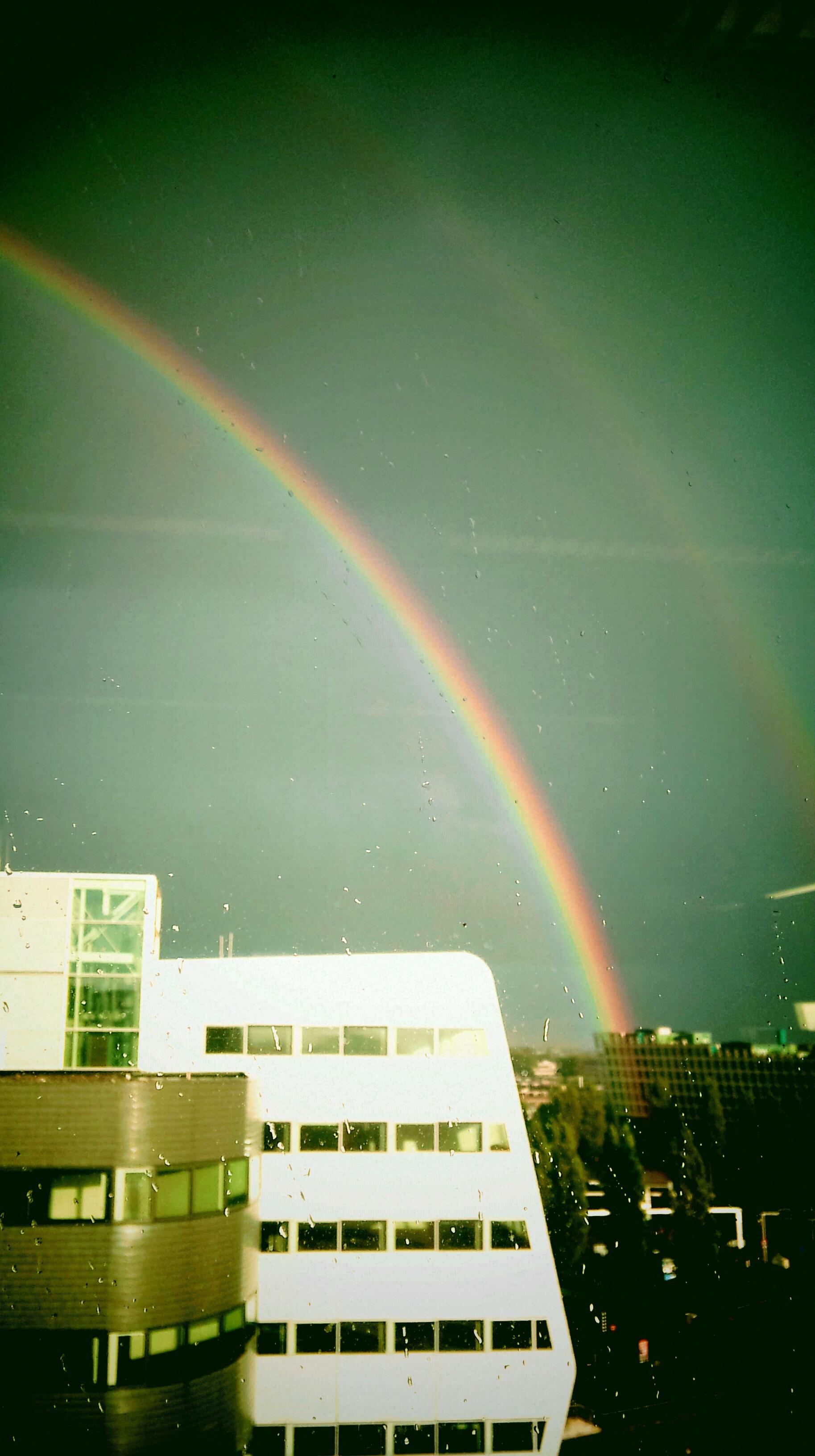 Vette dubbele regenboog in A'dam @ 18-09-2012 18:43u